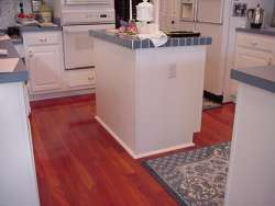 Santos Mahogany Floor - Sutliff Kitchen